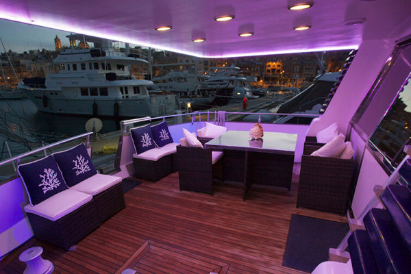 Riti Yacht luxury outdoor lounge area